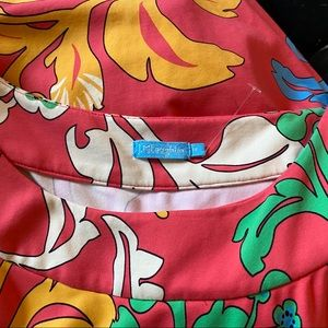 J. McLaughlin Dresses - J. McLaughlin Printed Dress Red Scrolls Size M